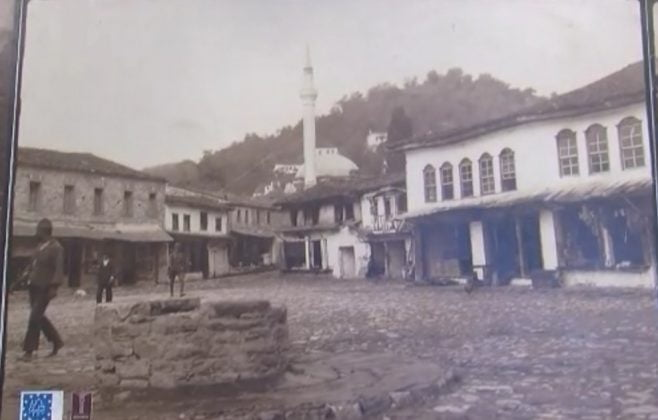 Berat / Exhibition with rare photos of the city 3