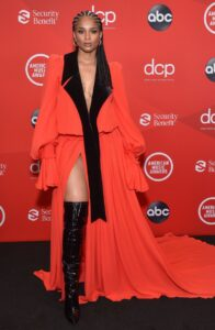 """American Music Awards"", the best outfits on the red carpet 4"