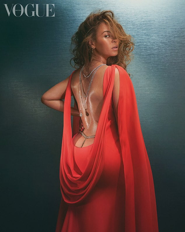 & #039; & #039; People enjoy life & #039; & #039; - Beyonce stuns on new cover of & #039; & #039; Vogue & #039; & #039; 2