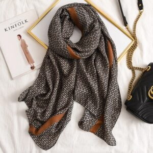 10 ideas for the scarf you should have in your wardrobe this winter 10