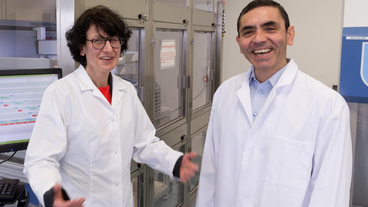 COVID-19 vaccine unveiled / The story behind the couple of Turkish-German scientists 1
