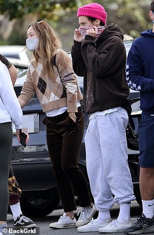 Olivia Wilde and Harry Styles reject criticism, photographed together in Santa Barbara 1